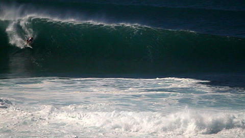 Hawaiian big wave surfing Footage