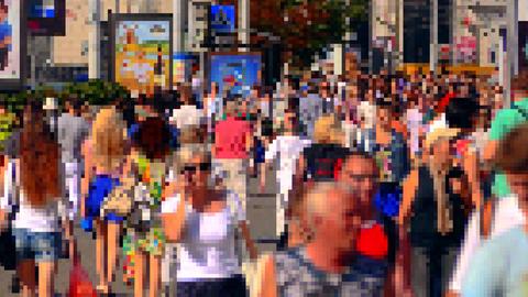 1080p Pixel People / Crowd of People / Virtual World Footage