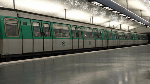 Subway station in Paris Live Action