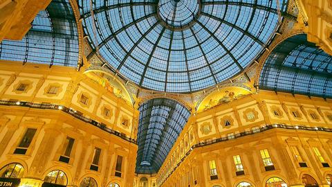 GALLERIA VITTORIO EMANUELE II, MILAN/ITALY - NOVEMBER 2016 - ARCADE (tilt Footage