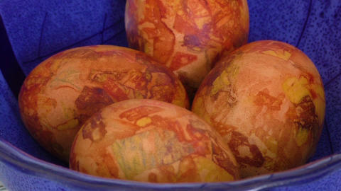 Easter eggs colored with onion skin Footage