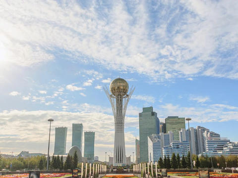 Astana, Baiterek on a background of clouds. Zoom. Kazakstan. Time Lapse Footage