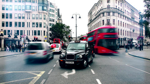 London. Summer. Road. Time lapse. Central road London Footage