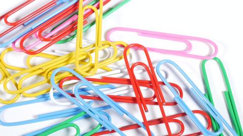 Color paper clip006 Live Action