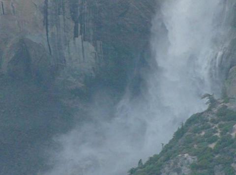 Yosemite Falls 3 Loop Footage