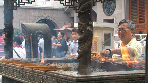 Jing'an Temple pray Stock Video Footage