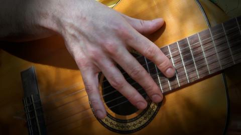 guitarra 01 Stock Video Footage