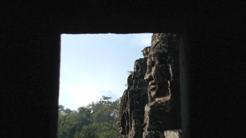 Ankor wat face zoomout Stock Video Footage