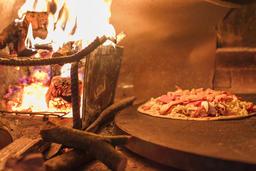 Hansi Night Market Grilled pizza Fotografía