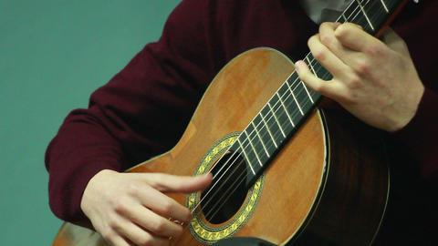 Gitarre Spielen 7 stock footage