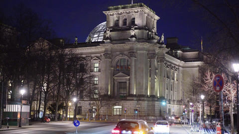 Reichstag building in Berlin - most famous - Main government building in Berlin Live Action
