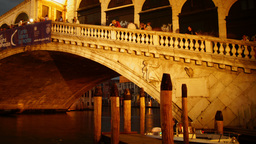 Some attractions of Venice city in Italy, Rialto bridge Stock Video Footage