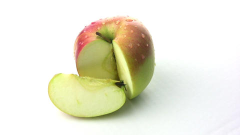 Rotation of the apple slices with a truncated Footage