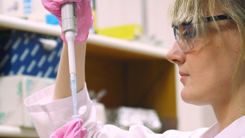 woman in laboratory Stock Video Footage
