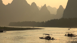 Sunset over the Li river in the Yangshuo area in C Stock Video Footage