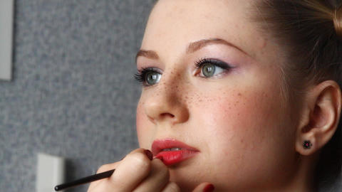 makeup for a model Stock Video Footage