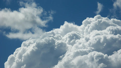 heapy cloud Stock Video Footage