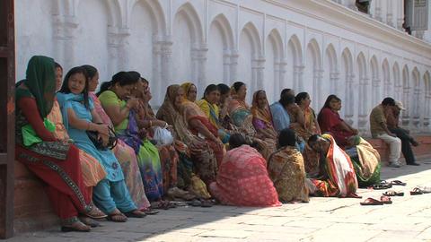 Colorful ladies Live Action