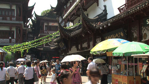 Busy street in Yuyuan garden Stock Video Footage