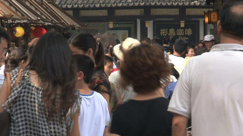 People in the streets of Yuyuan Garden Stock Video Footage