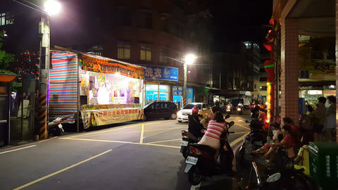 Street theater show in Tamsui Live Action
