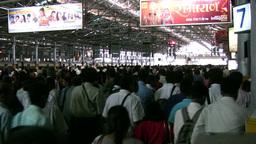 Mumbai train station, rush hour Stock Video Footage