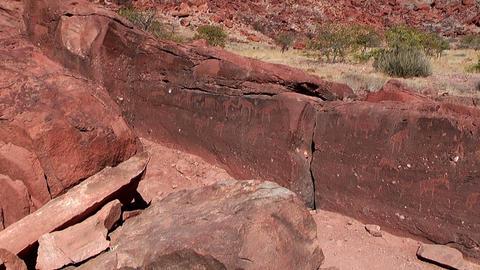 twyfelfontein ancient rock engravings Stock Video Footage