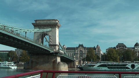 Sailing under the chain bridge in budapest on the danube Footage