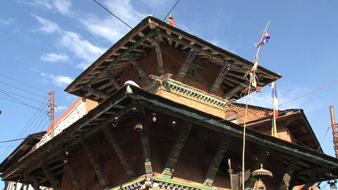 Tilt from a temple to a street in Bandipur Stock Video Footage