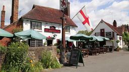 The Red Lion Inn Little Missenden Buckinghamshire UK 1 ビデオ