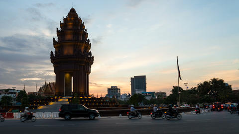 1080 - TIMELAPSE ON INDEPENDENCE MONUMENT - CAMBOD Stock Video Footage
