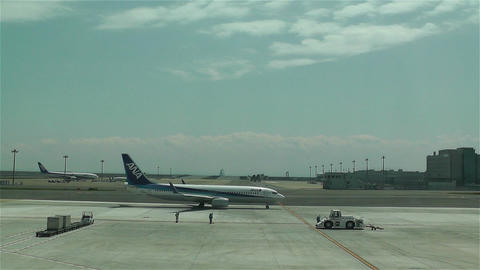 Tokyo Haneda Airport 11 ana flight Footage