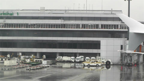 Tokyo Narita Airport 2 Footage