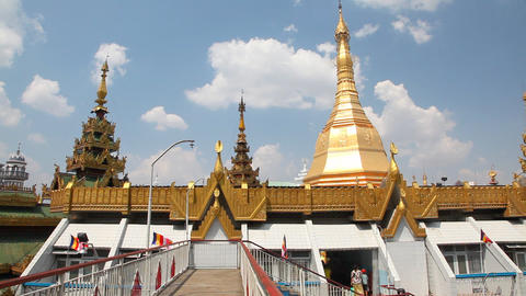 Sule pagoda in Yangon, Myanmar Stock Video Footage