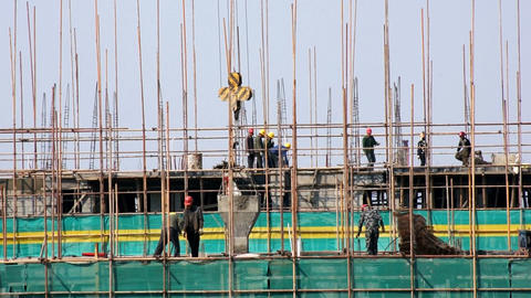 Construction of monolithic reinforced concrete bui Live Action
