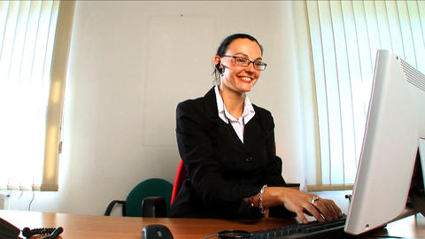 Young business woman having a successful day Stock Video Footage