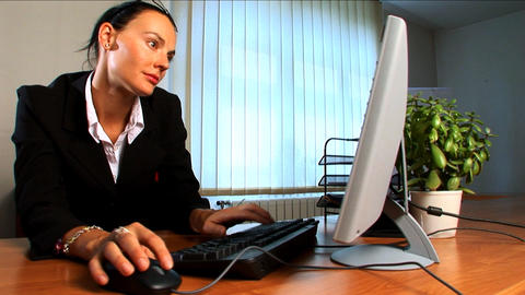 Young business woman in modern working environment Stock Video Footage