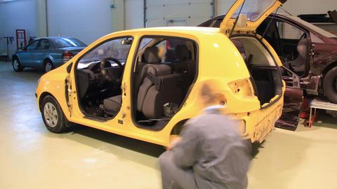Car's door installation timelapse Stock Video Footage