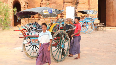 Horse Cart near Bagan temple Stock Video Footage
