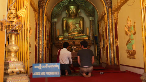 Visitors in Indein pagoda, Myanmar Footage