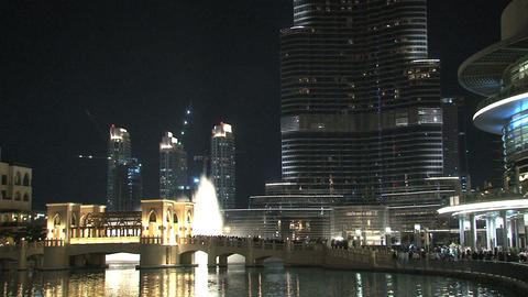 Burj Khalifa tilt from Dubai fountain Footage