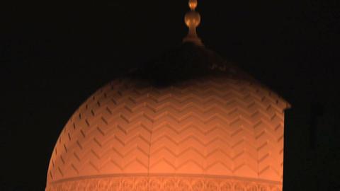 Dubai mosque tilt Stock Video Footage