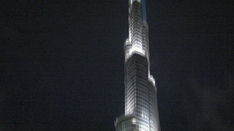 Burj khalifa tilt to the top Stock Video Footage
