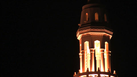Jumeirah Mosque zoom out Stock Video Footage