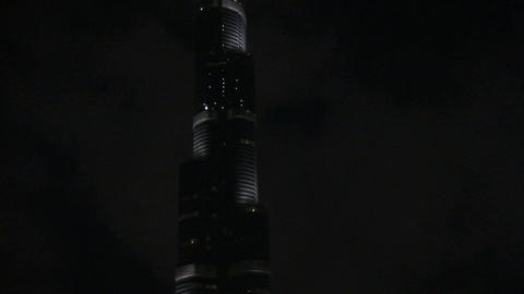 Burj Khalifa tilt shot Stock Video Footage
