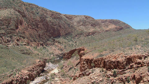 Tilt to a river at the MacDonnell Ranges, Australi Stock Video Footage