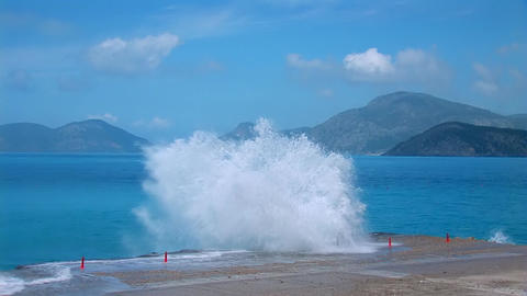 strong waves Stock Video Footage