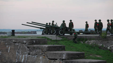artillery men Stock Video Footage