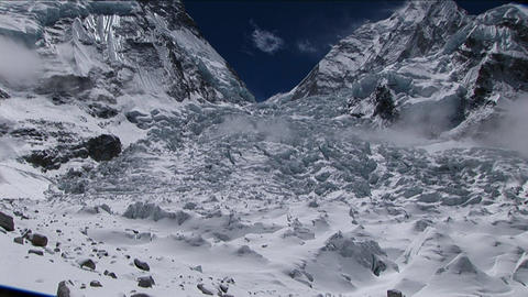 Tile up to Khumbu Icefall from basecamp Stock Video Footage