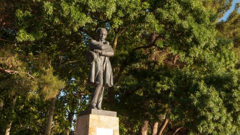 Lermontov monument hyperlapse Footage